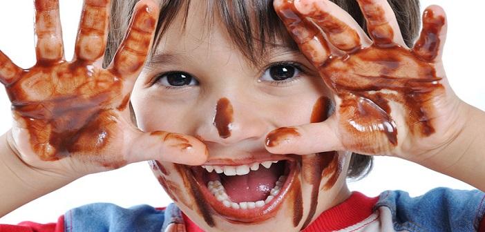 cikolata-lekesi-cikarma